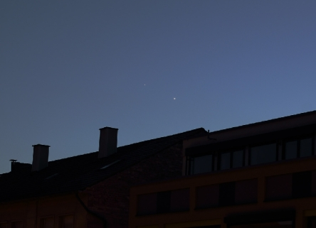 VENUS-JUPITER CONJUNCTION. TAKEN BY S MELCHERT IN STUTTGART, GERMANY ON SATURDAY, 27, 2015. POSTED AT SPACEWEATHER.COM GALLERY