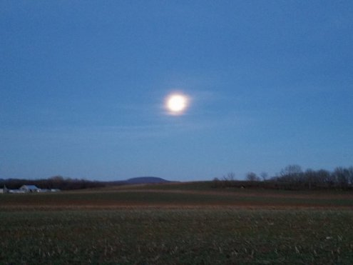 Full Moon over oley valley
